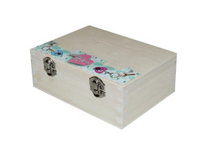 Wholesale: Birthstone Heart Kaychains in Countertop Box Display