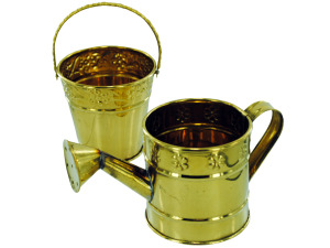 Brass watering can decor 3 assorted styles