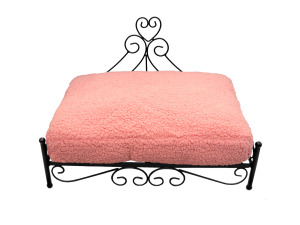 Wholesale: Raised heart pet bed pink