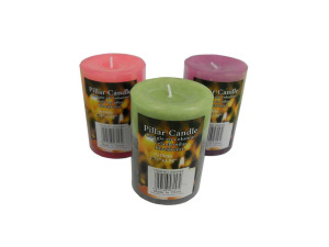 Wholesale: Pillar candles in assorted colors